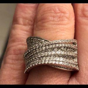 Beautiful sterling silver Lafonn ring